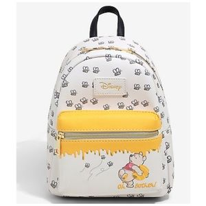 Loungefly Disney Winnie the Pooh 🐝 🍯